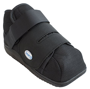 Darco apb post op shoe medium size