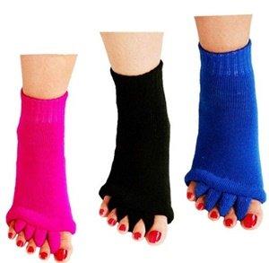 reachtop toe separator socks